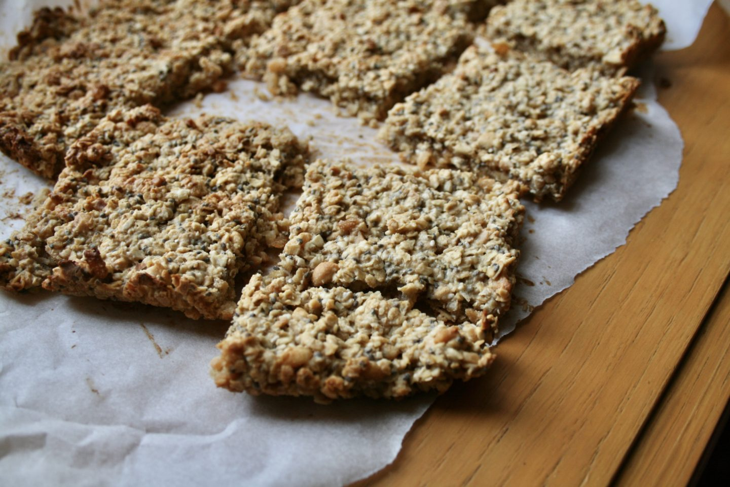 PEANUT BUTTER, OATMEAL AND RICE KRISPIES BAR | MAKE-AHEAD SNACK